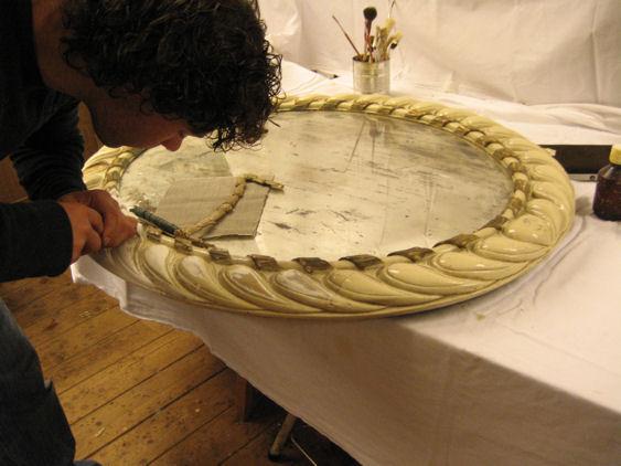 Restauratie spiegelijst en bladgoud zetten